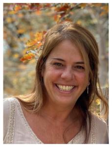 Julie Yeros, CEO Globe Trottin' Kids