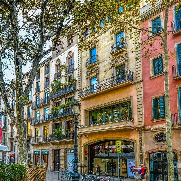 barcelona-2088158_1920