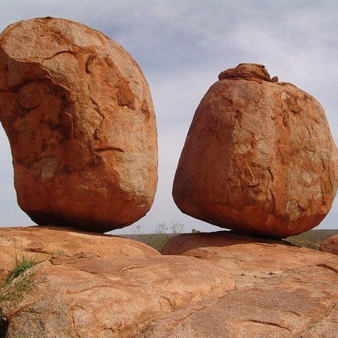 devil-stones-95903_640