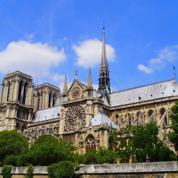 paris-1175023_1920